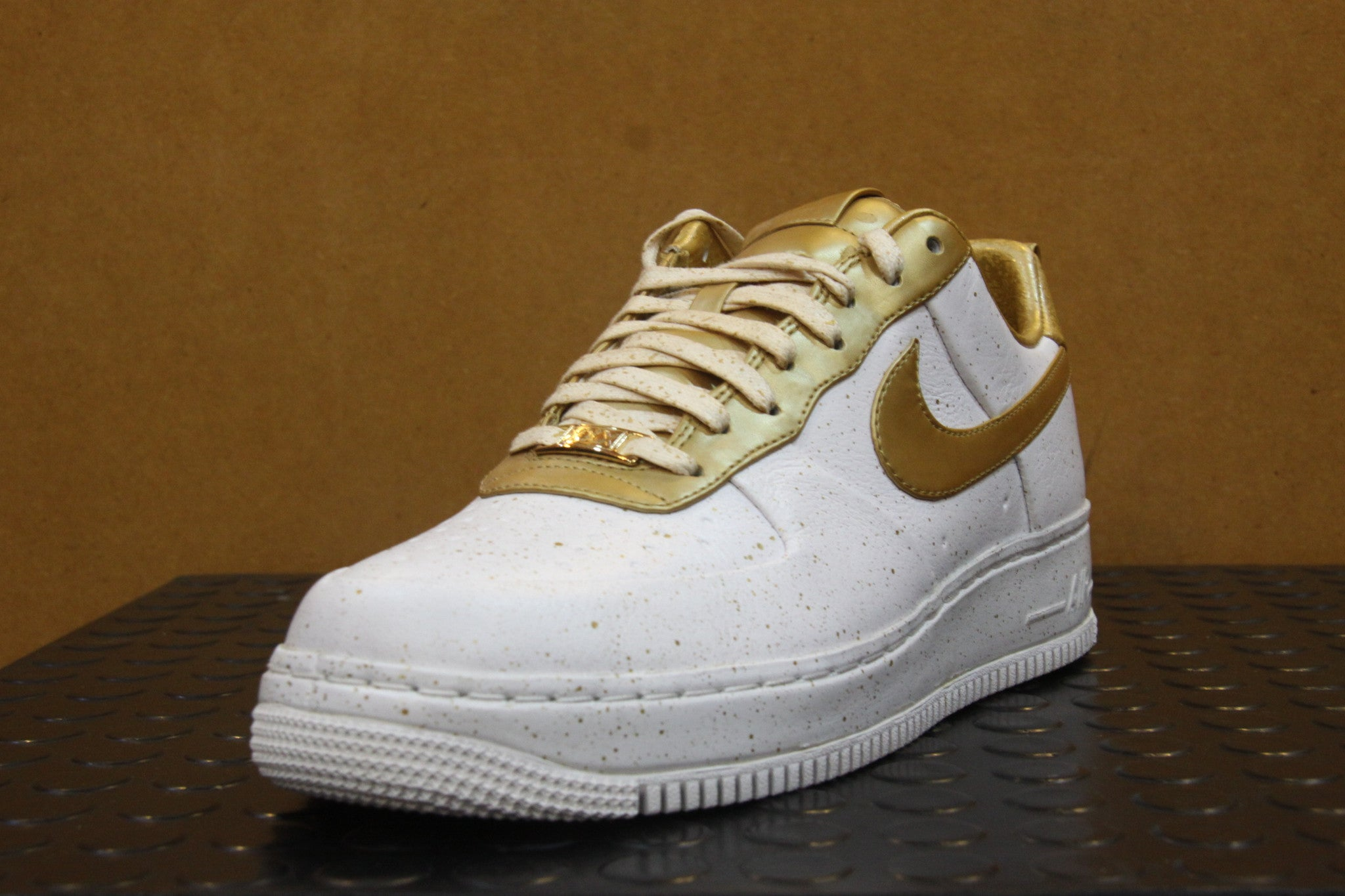 Air Force 1 Low Gold Medal