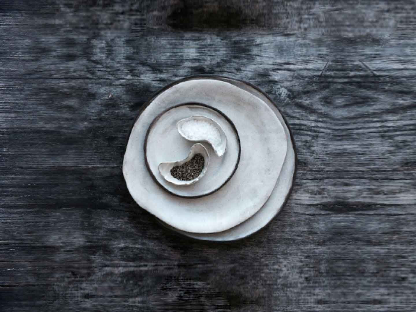 Oyster salt and pepper bowls