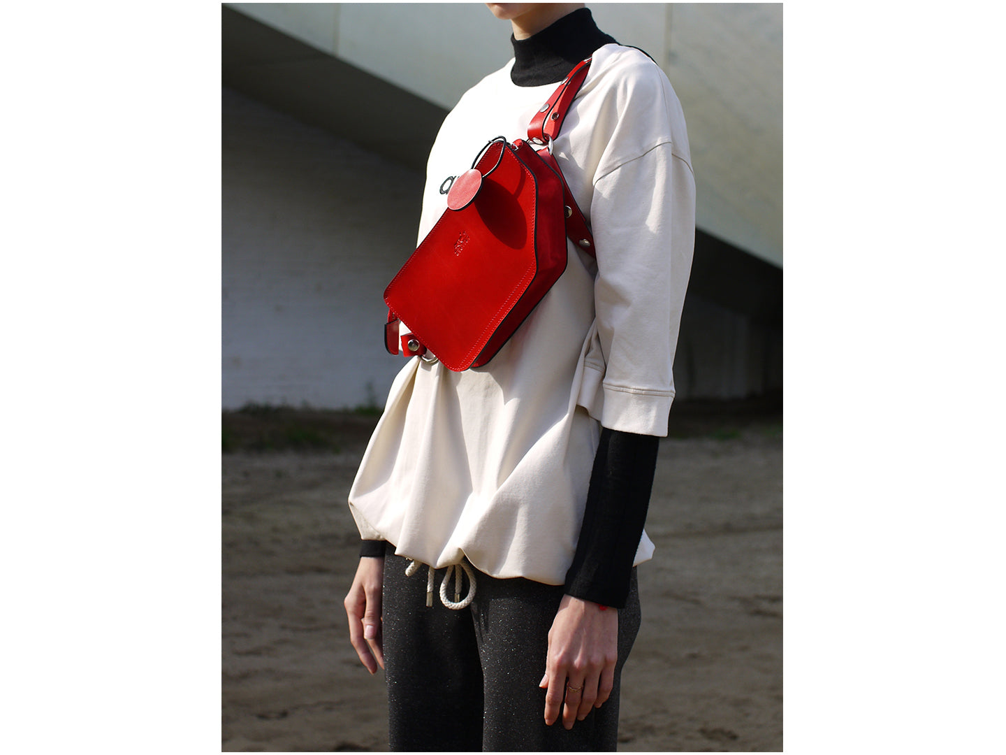 Penta Harness Bag - Red - Exclusive