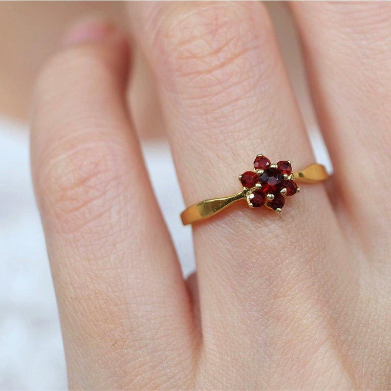 0.15 Carats 14k Solid Gold Garnet Engagement Ring - SOVATS