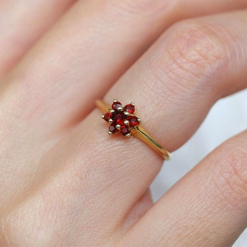 0.18 Carats 14k Solid Gold Garnet Engagement Ring - SOVATS