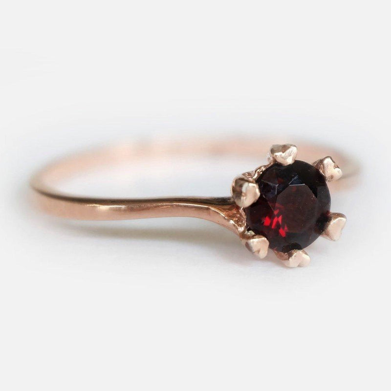 0.70 Carats 14k Solid Rose Gold Garnet Heart Prong Engagement Ring - SOVATS