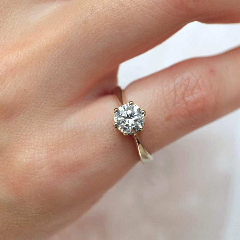 0.90 Carats 14k Solid White Gold Moissanite Engagement Ring - SOVATS