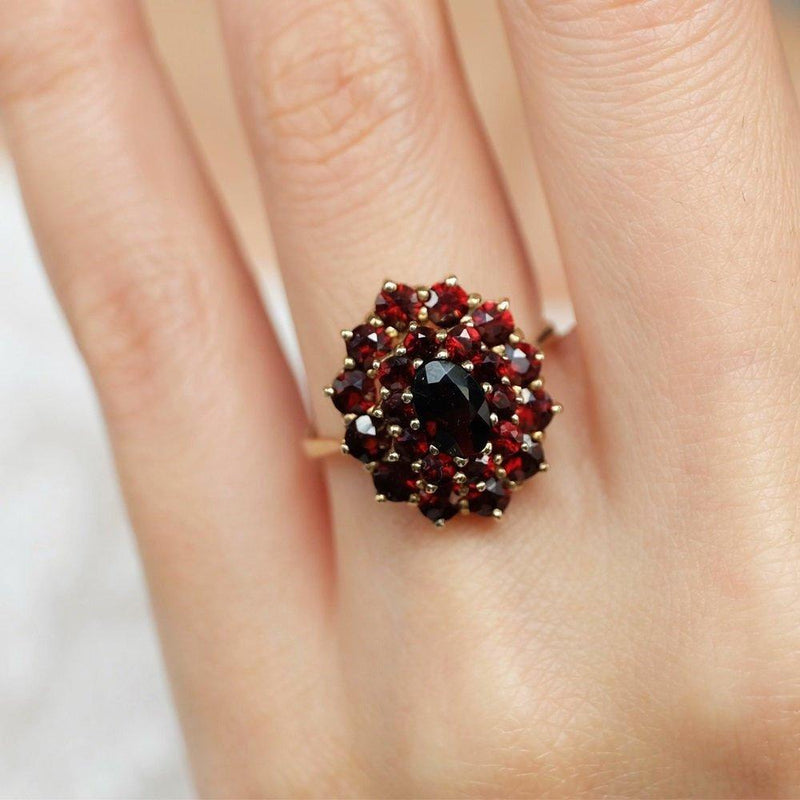 1.10 Carats 14k Solid Gold Garnet Engagement Ring - SOVATS