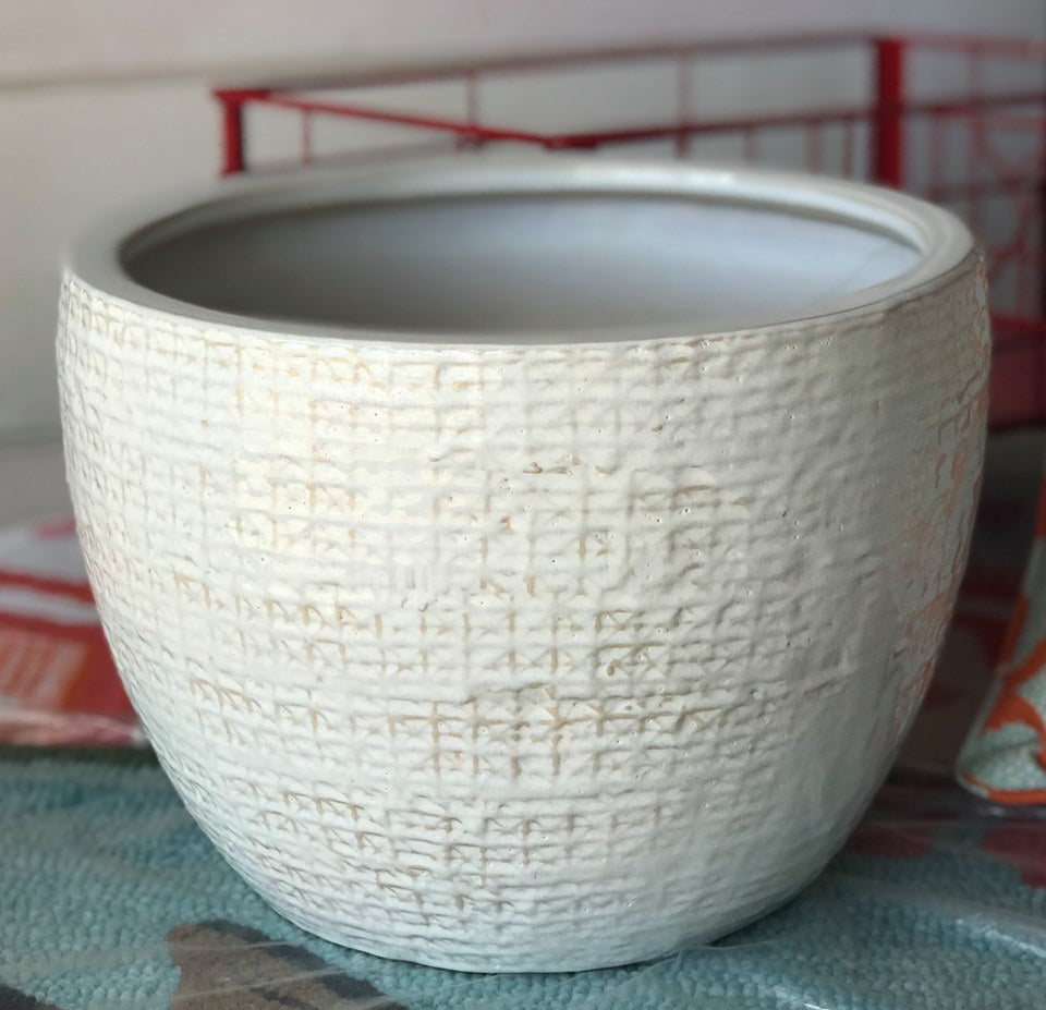 Shawna Pot (White) - Medium