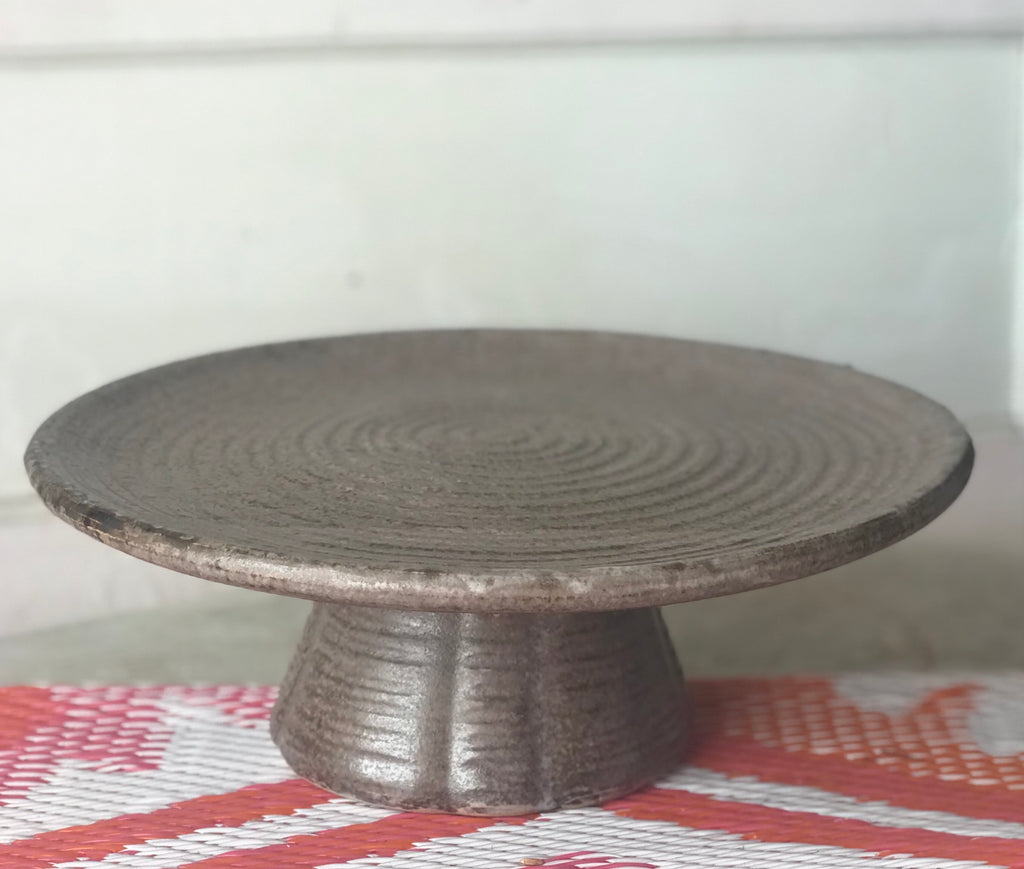 Cakeplate (On pedestal)
