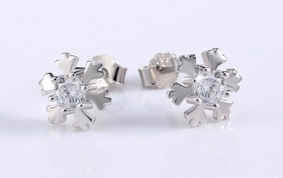 """Snowflake 2"" 925 Sterling Silver Snowflake Stud Earrings with CZ"