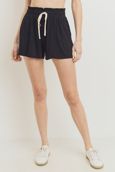 Charming You Boutique | Women's Ruffled With Pockets Knit Short, black