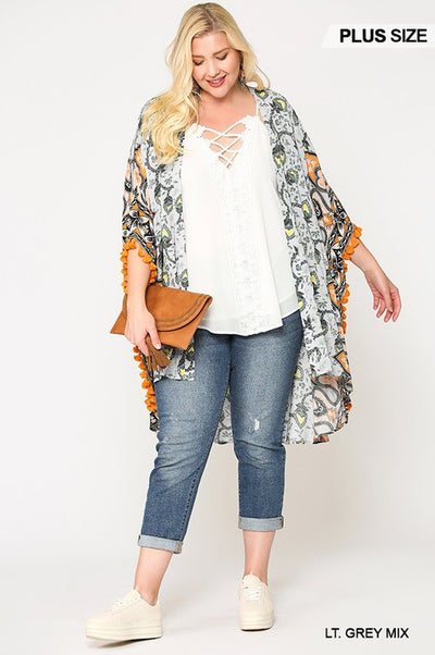 Charming You Boutique Plus Size Border Print Kimono, Lt Grey