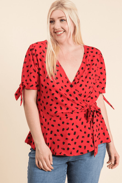 Charming You Boutique | Women's Top | Plus Size Short Sleeve Dotted