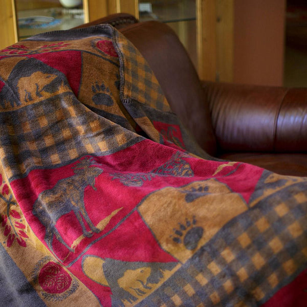 Denali Blankets Moose and Bear Throw Blanket Front