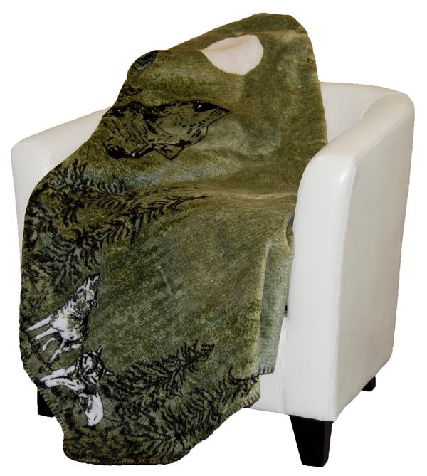 Denali Blankets Howling Wolves Throw Blanket on Chair