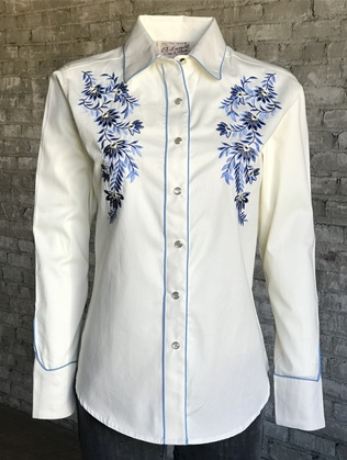 Rockmount Ranch Wear Ladies Vintage Western Shirt Blue Floral Embroidery on Ivory Front