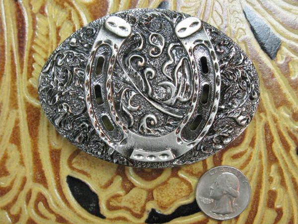 Rockmount Ranch Wear Accessory Oval Trophy Buckle Horseshoe Antiqued Front