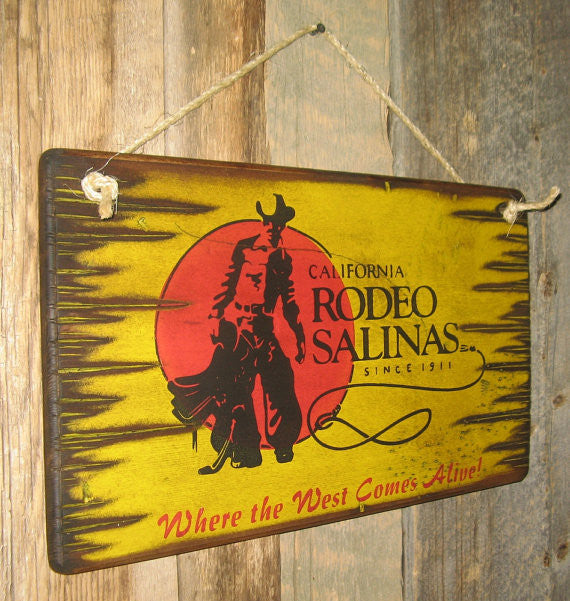 Western Wall Sign Rodeo: Rodeo California Salinas Right View