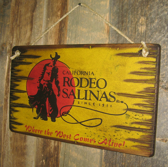 Western Wall Sign Rodeo: Rodeo California Salinas Left View
