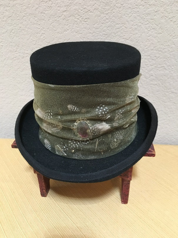 Patricia Wolf Steampunk Wool Tophat with Feathers Front