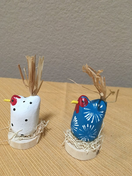 Edith John Hand Carved XSmall Nesting Chickens Front