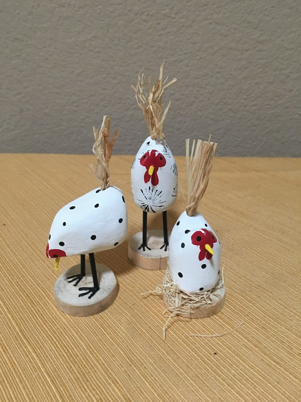 Edith John Hand Carved XSmall Chickens White