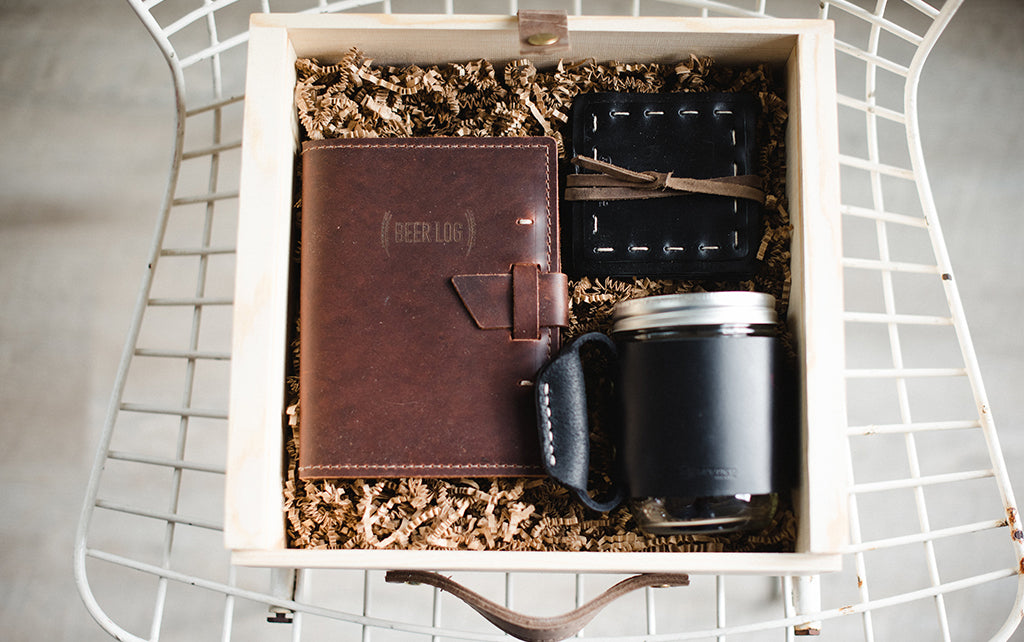 leather beer gift set