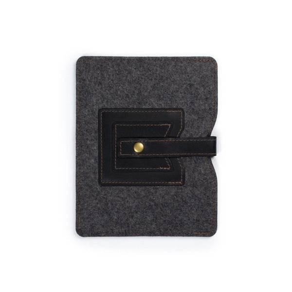 Cache iPad Sleeve