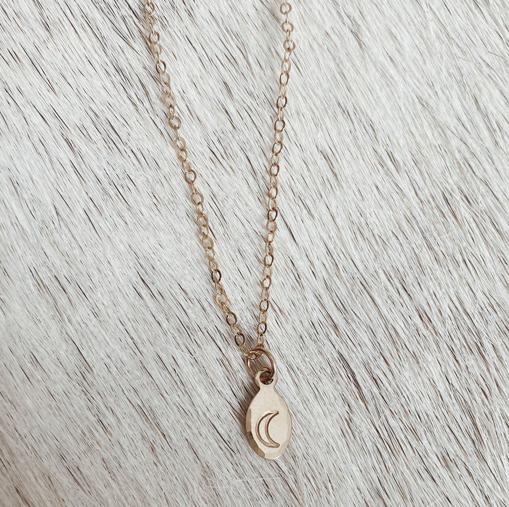 MINI CUSTOM OVAL NECKLACE