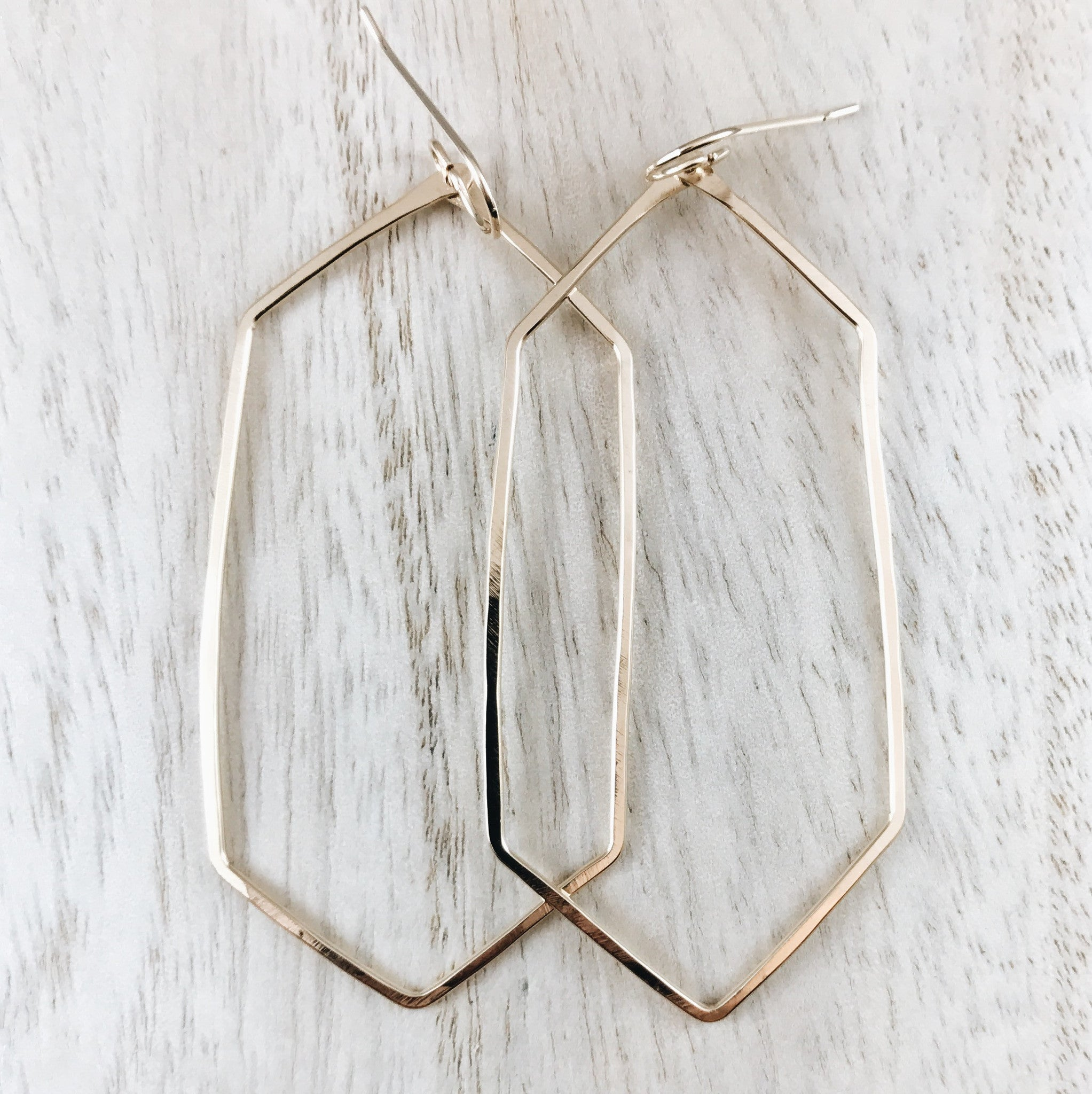 lyst tahari t tone earrings in hoop silver none product jewelry silvertone gallery hexagon metallic