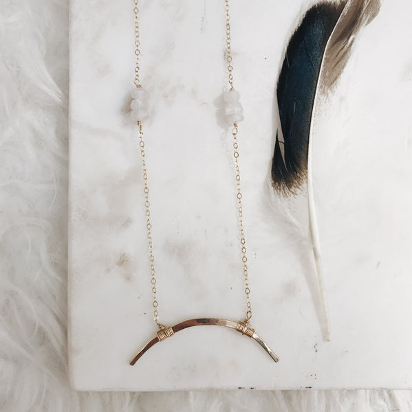 Large double horn midi necklace