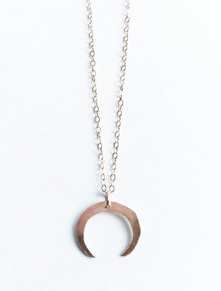 Mini double-horn necklace