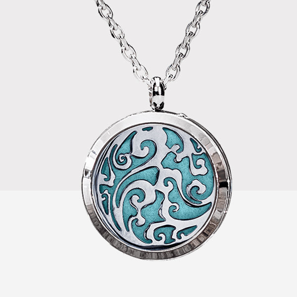 LUXE Scrolls Diffuser Necklace