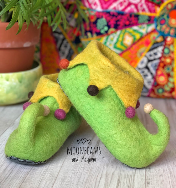 MOONBEAMS FELTED ELF SLIPPERS - MoonbeamsandMayhem