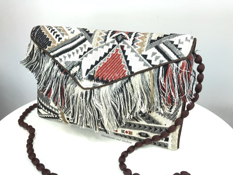 DELIGHTFUL 'IBIZA' FRINGE CLUTCH / EVENING BAG - MoonbeamsandMayhem