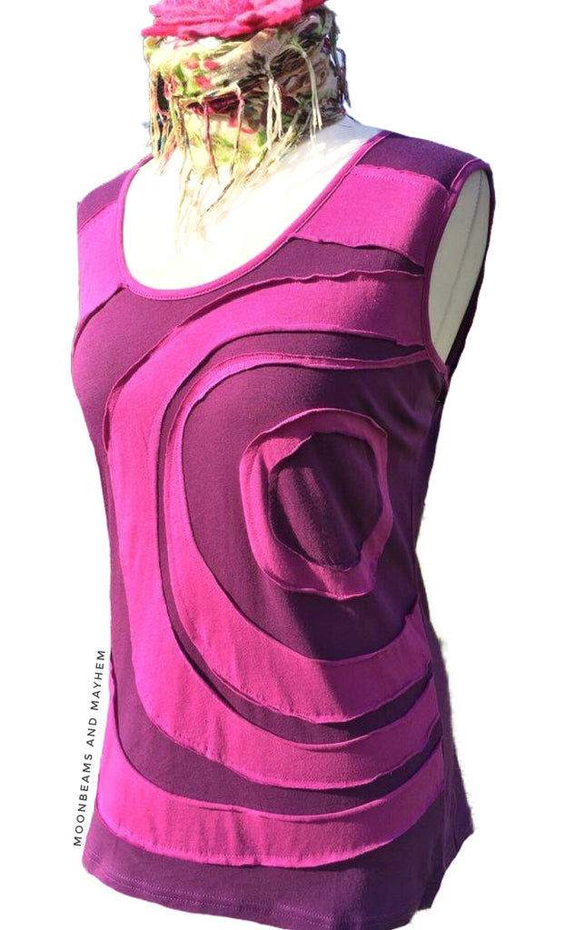 BEAUTIFUL NEW PURPLE SPIRAL VEST SIZE UK 14/16 US 12/14 - MoonbeamsandMayhem