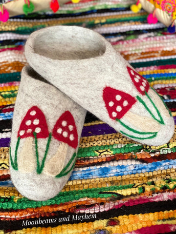 MAGICAL FELTED TOADSTOOL SLIPPERS - MoonbeamsandMayhem