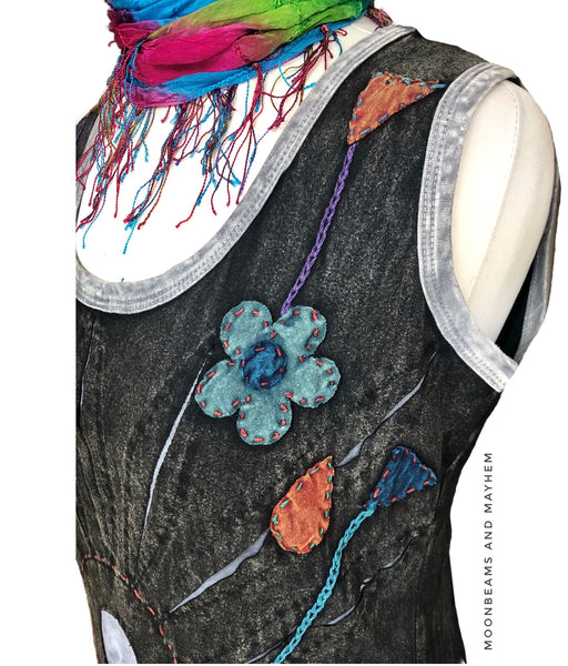 FABULOUS COTTON FLOWER BURST VEST ( SIZE 12 / 14 ) - MoonbeamsandMayhem