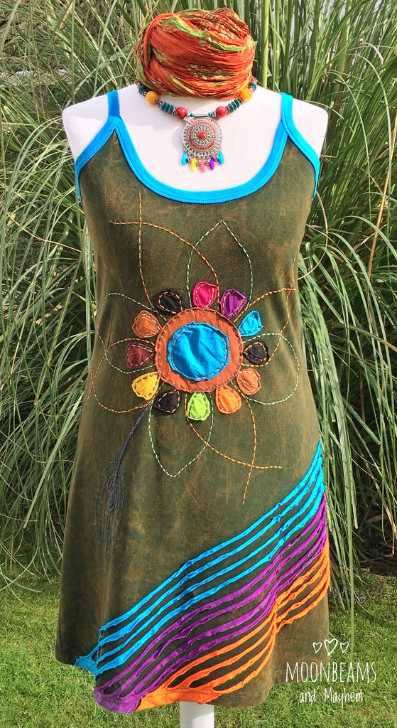 FABULOUS APPLIQUE FLOWER GREEN VEST DRESS SIZE UK 14 16 18 - MoonbeamsandMayhem