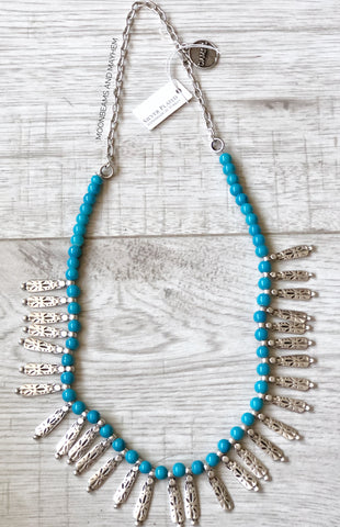 BEAUTIFUL TURQUOISE LAGOON  NECKLACE - MoonbeamsandMayhem