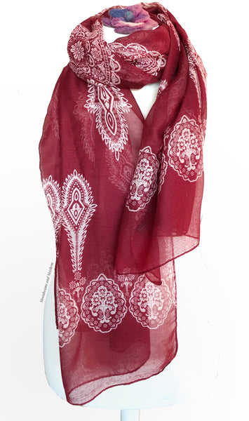 BURGUNDY BLUSH SCARF - MoonbeamsandMayhem