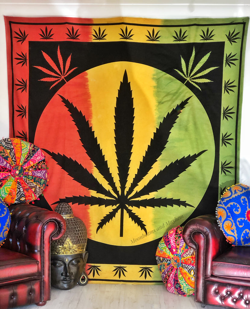 DOUBLE SIZE REGGAE TAPESTRY / WALL HANGING - MoonbeamsandMayhem