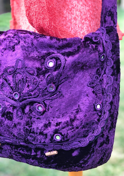 DELICIOUS PURPLE VELVET FLEETWOOD SHOULDER BAG / SATCHEL - MoonbeamsandMayhem
