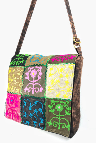WONDERFUL LARGE BOHEMIAN 'FOLK' SHOULDER BAG / SATCHEL