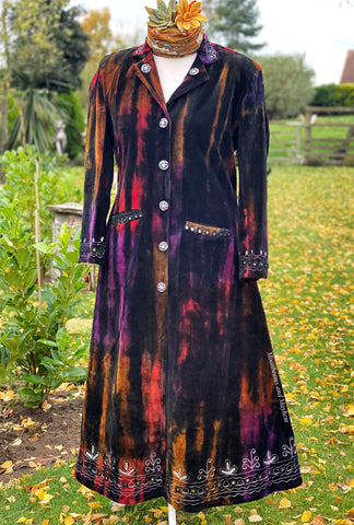 EXQUISITE FULL LENGTH 'STEVIE' VELVET COAT UK SIZE 16/18 - MoonbeamsandMayhem