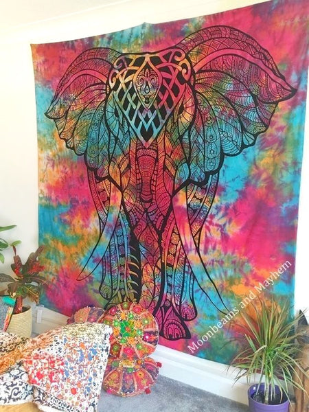 DELICIOUS NEW DOUBLE SIZE INDIAN ELEPHANT TIE DYE WALL HANGING / TAPESTRY - MoonbeamsandMayhem