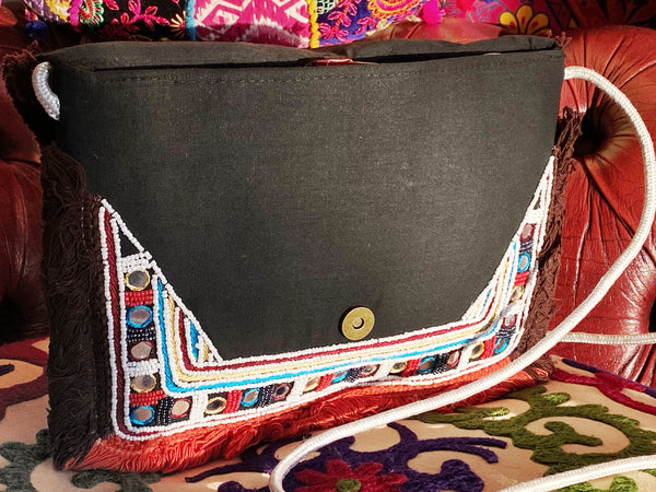 WILD BEAD SHOULDER / EVENING BAG - MoonbeamsandMayhem