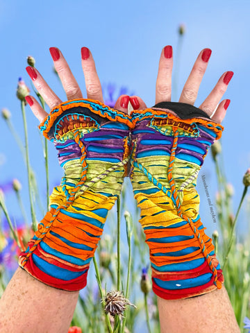 KALEIDOSCOPIC 'RAINBOW' MUSHROOM WRISTLETS / GLOVES