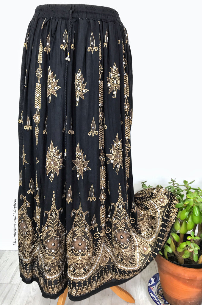 DIVINE NEW MIDNIGHT BLACK BOHEMIAN HIPPIE SKIRT SIZE UK S / M - MoonbeamsandMayhem