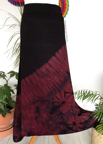 CAPTIVATING LONG BLACK / WINE TIE DYE SKIRT