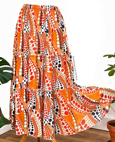 BEAUTIFUL ORANGE FLORA BOHEMIAN SKIRT SIZE L  (212)