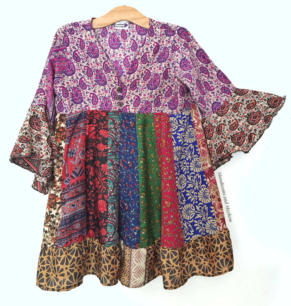 STRIKING SHANGRI-LA BLOUSE / TOP SIZE S / M