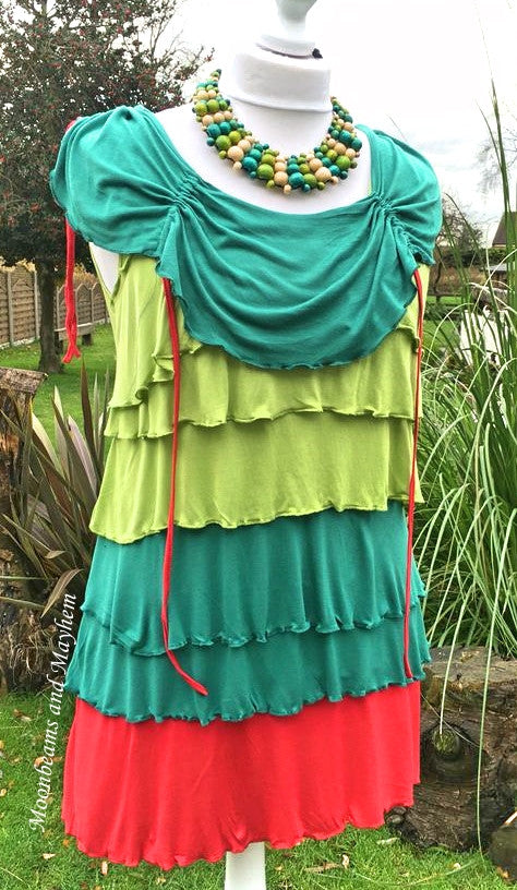 FABULOUS GREEN 'COLINE' LADIES RUFFLE TOP UK SIZE 18 / 20 - MoonbeamsandMayhem